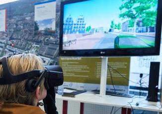 Foto van kind met virtual reality bril op